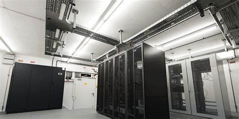 optimal temperature for server room what s the ideal temperature for a server room