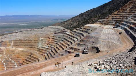 secret gold mine gold standard inside ford s 2015 f 150 secret testing