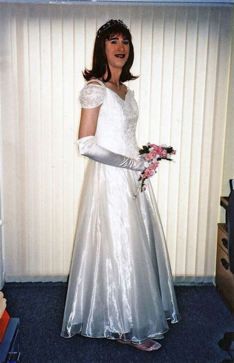 tg friendly bridal shops this beautiful bridal crossdresser is victoria