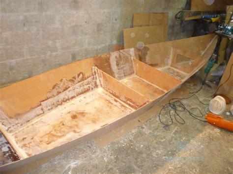 construire safran bateau etapes de la construction amateur du bateau en bois en