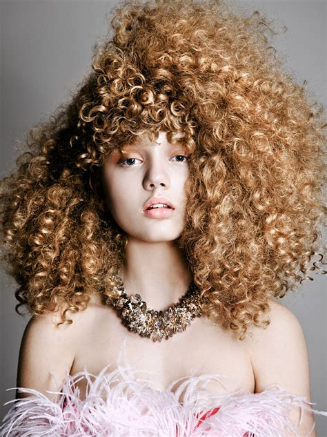 a curly hair story arta chic