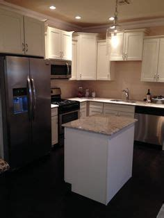 vanilla cream kitchen cabinets 1000 images about cabinet selections on pinterest