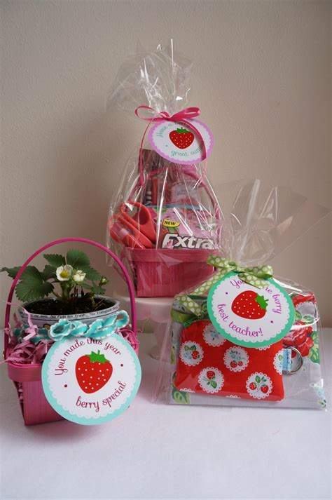 Appreciation Handmade Gift Ideas - berry themed appreciation gift ideas skip to my lou