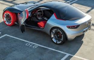 Opel Concept Cars Opel Gt Concept Car Features Panorama Glass Roof And