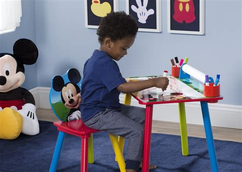 15 mickey mouse inspired bedrooms for kids rilane mickey mouse desk accessories hostgarcia