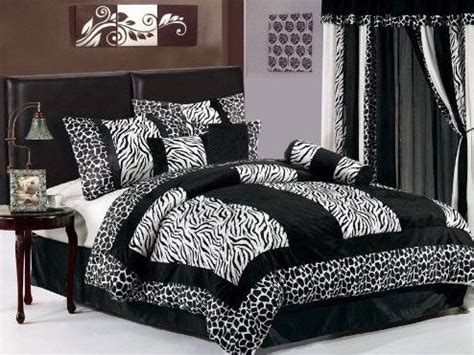zebra decorations for a bedroom 17 best ideas about zebra bedroom decorations on pinterest