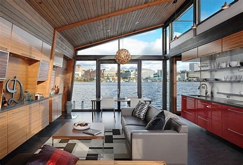 Houseboat Interior by Stunning Houseboats For Aquatic Living