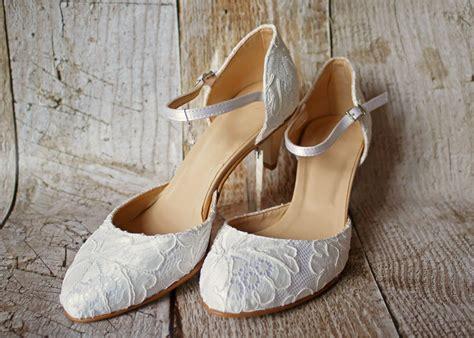 Brautschuhe Ivory Spitze brautschuhe aus spitze mit bequemen absatz kleiderfreuden