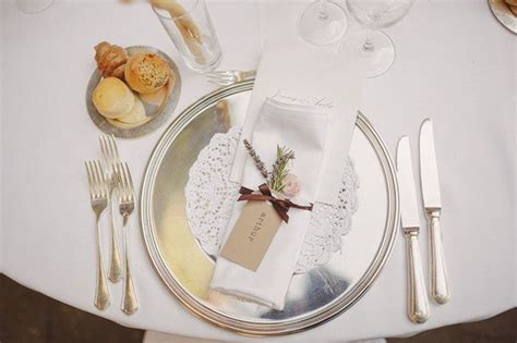 silver place settings silver wedding table setting fab mood wedding colours