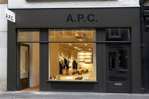 Apc Opens Discount Store In by Now Open A P C In Soho Por Homme