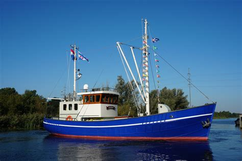 ex fishing boat for sale uk 1946 ex fishing trawler power new and used boats for sale