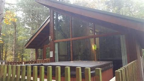 our cabin picture of forest holidays sherwood forest