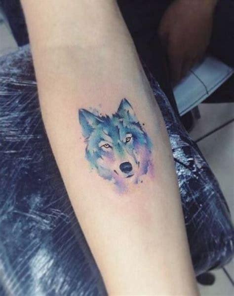small wolf tattoo 22 small wolf ideas styleoholic