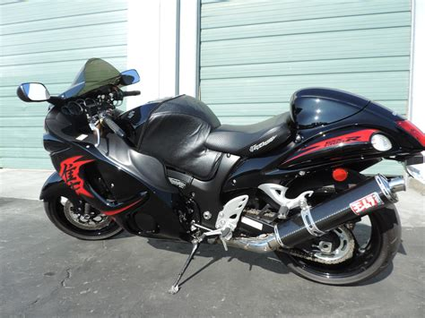 red black motorcycle jigster hayabusa  suzuki fast