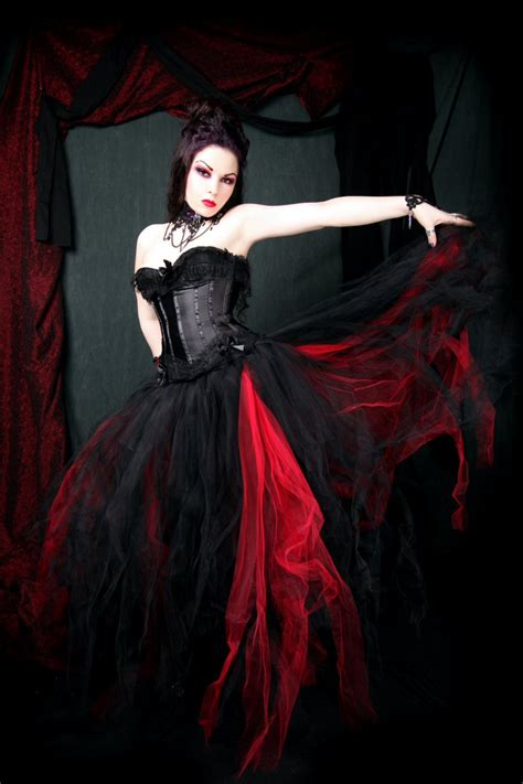 red and gothic wedding dresses fashion trendy