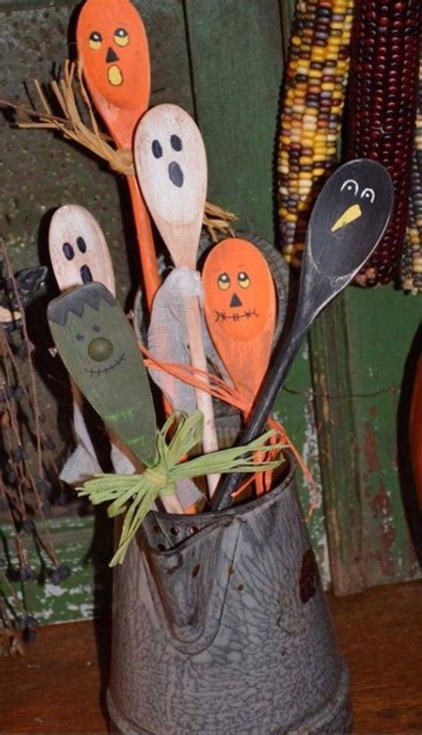 easy at home halloween decorations best 25 homemade halloween decorations ideas on pinterest