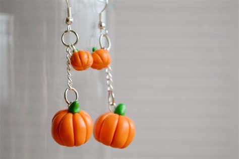 pumpkin earrings by linnypig on deviantart