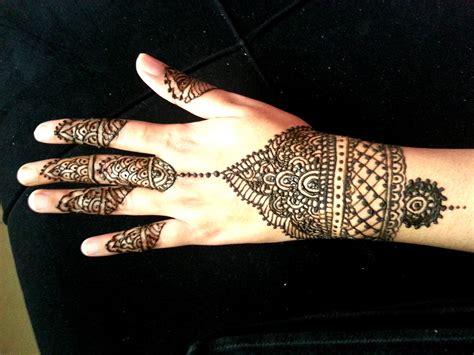 simple henna design youtube simple wrist henna design indian arabic fusion mehendi