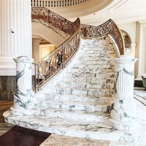 marble staircase 25 best ideas about marble stairs on pinterest modern