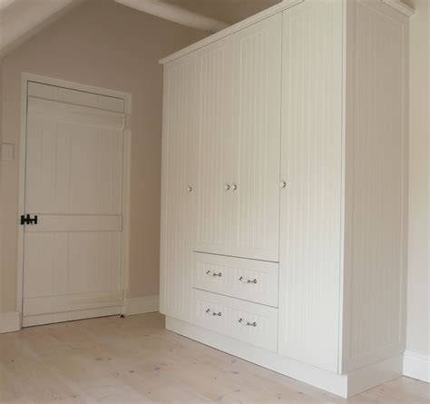 Build A Bedroom built in cupboards select a kitchen