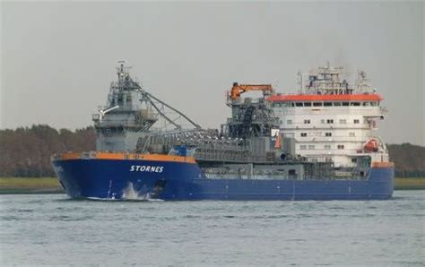 biggest water vessel in the world stornes the biggest fallpipe vessel in the world kapal
