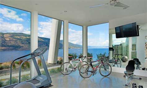 Home Exercise Room Design Layout Magnifique R 233 Sidence De Luxe Au Bord D Un Lac Au Canada