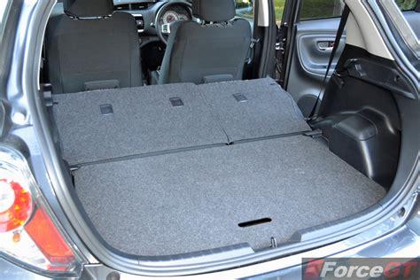 Toyota Yaris Back Seat Fold Toyota Yaris Review 2014 Toyota Yaris Hatch