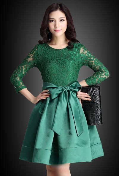 desain dress pesta muslim contoh model gaun pesta brokat kombinasi satin fashion