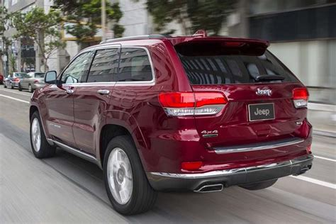 Ford Edge Jeep 2016 Ford Edge Vs 2016 Jeep Grand Which Is