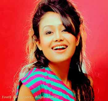 biography movie singer neha kakkar biography age dob height family profile