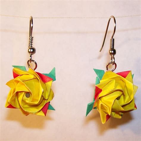 Origami Jewellery Uk - 17 best images about origami craft on origami