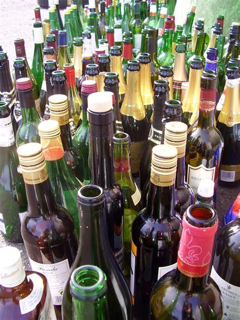 Datei Leere Flaschen Jpg
