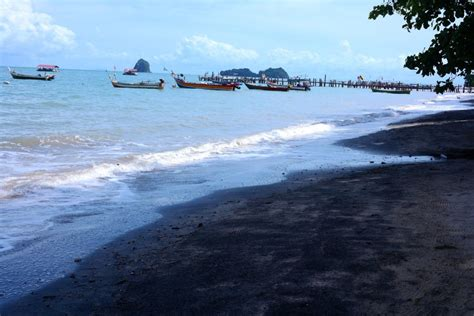 black sand 3 5 top 10 most famous black sand beaches in the world