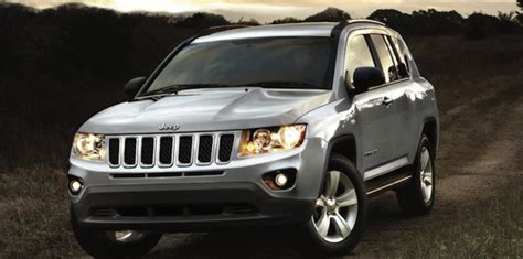 jeep crossover 2014 jeep compass to be axed in 2014 new chrysler crossover coming