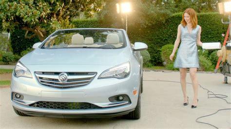 gurl beach buick commercial ellie kemper 2016 buick cascada ads gm authority