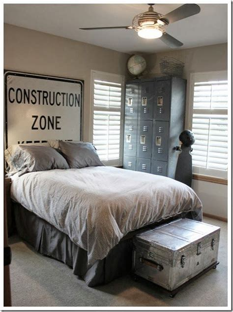 guy bedroom ideas 25 best ideas about guy bedroom on pinterest office