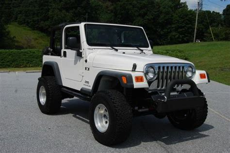 2005 Jeep Wrangler Tires Sell Used 2005 Jeep Wrangler X Lifted 33 Quot Tires 6
