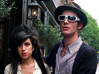 Fielder Civil Asks Winehouse For Divorce by Winehouse I Won T Let Divorce Me