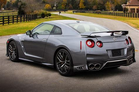 new 2018 nissan gtr 2018 nissan gt r new car review autotrader