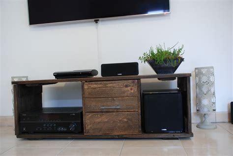 Rangement Atelier Palette by Meubles Tv Fait Avec De Bois De Palette Meubles Et