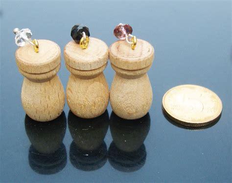 Korean Exqusite Fashion Moon Charm Design Sweater Chain fragrance pendant vial scent vial pendants perfume jewelry