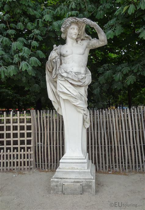 statues de jardin anciennes the marble vertumne statue in jardin des tuileries page 644
