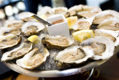 chicago oyster house a guide to restaurants with 1 oysters in chicago