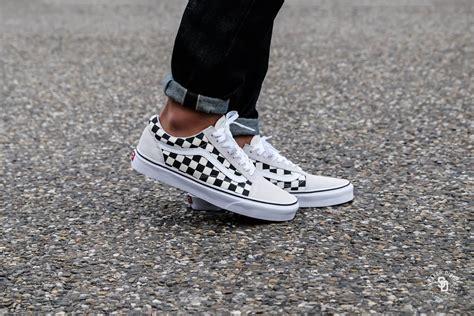 Sepatu Vans Oldskool Checkerboard Black White vans skool checkerboard white black vnoa38g127k