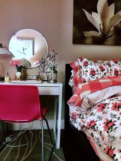 ikea pink bedroom rosy casual chic decor ikea malm micke diy pink bedroom