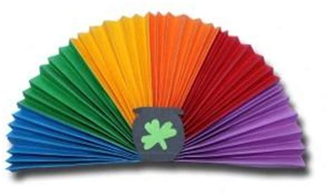 How To Make A Paper Rainbow - pleated paper rainbow circle paperblog