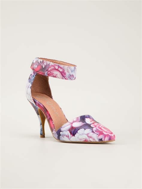 Side Flower Shoes Size 27 30 jeffrey cbell floral print pumps in pink lyst