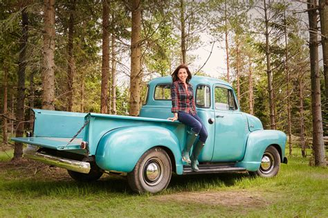 hgtv ca 10 hgtv canada shows you don t want to miss this fall