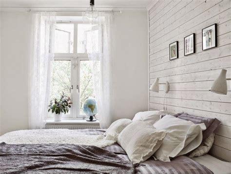 chambre avec lambris bois lambris bois blanc inviter le style cagne chic 224 la maison
