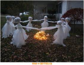 Homemade Halloween Yard Decorations Ideas Scary Halloween Decoration Ideas For Outside 34 Yard Pics